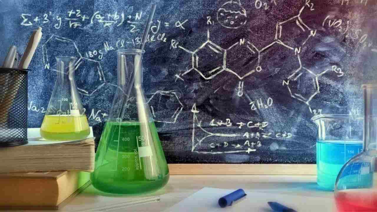 полезные приложения для решнеия химии и задач